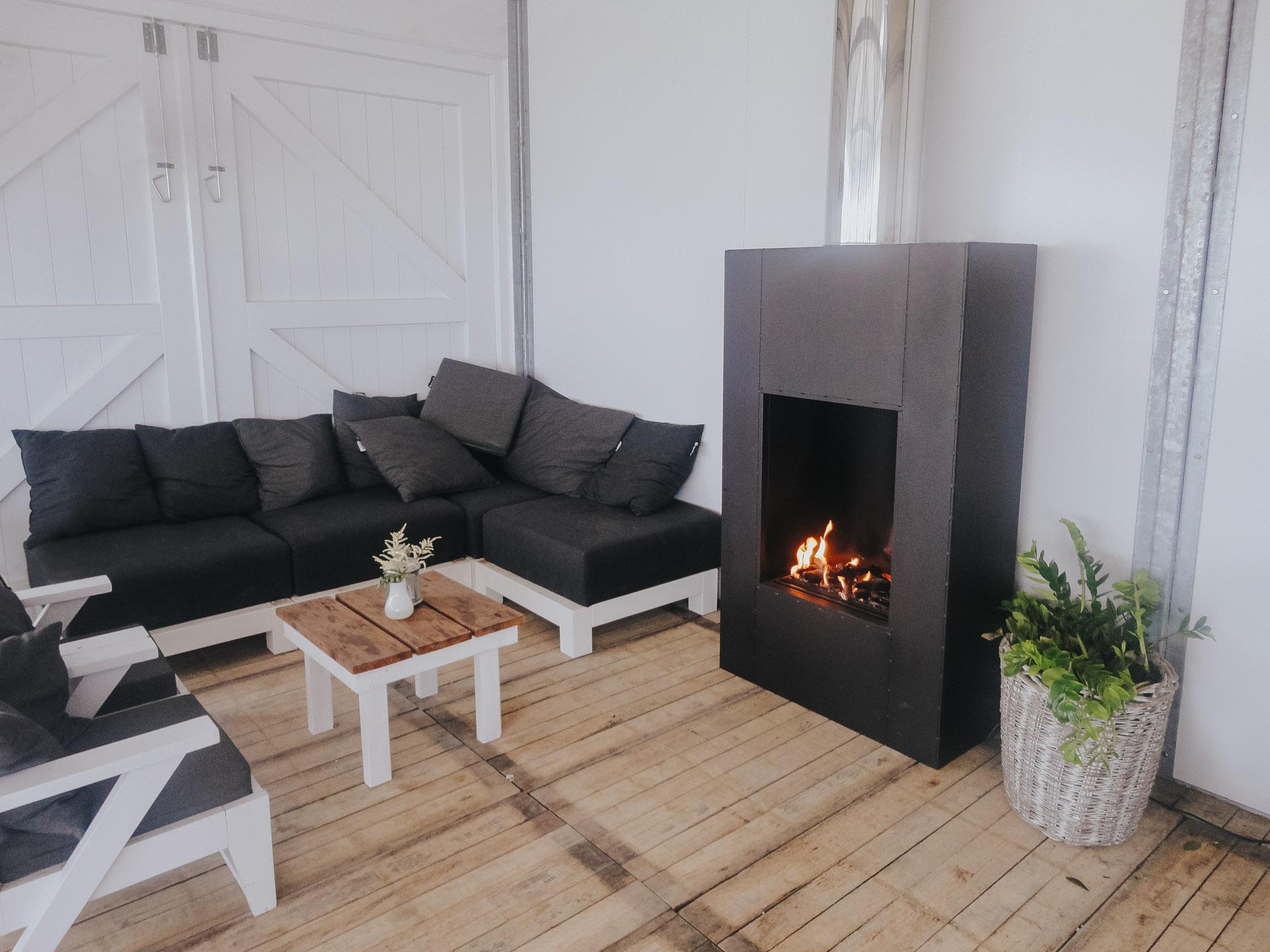 Sunwood Fuegos Personalizados imagen interior de una  casa de playa
